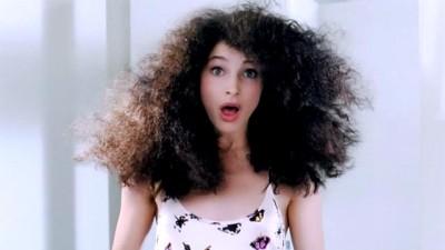 6 Trucos para acabar con el cabello encrespado