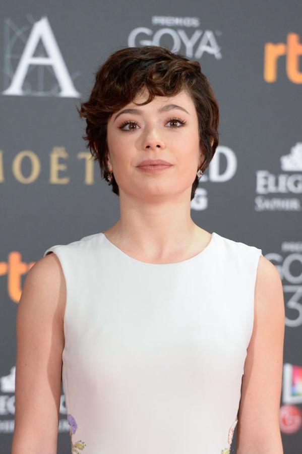 Anna Castillo peinado gala de los goya