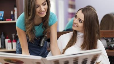 Las 8 preguntas que debes de hacer a un cliente antes de cambiar su look
